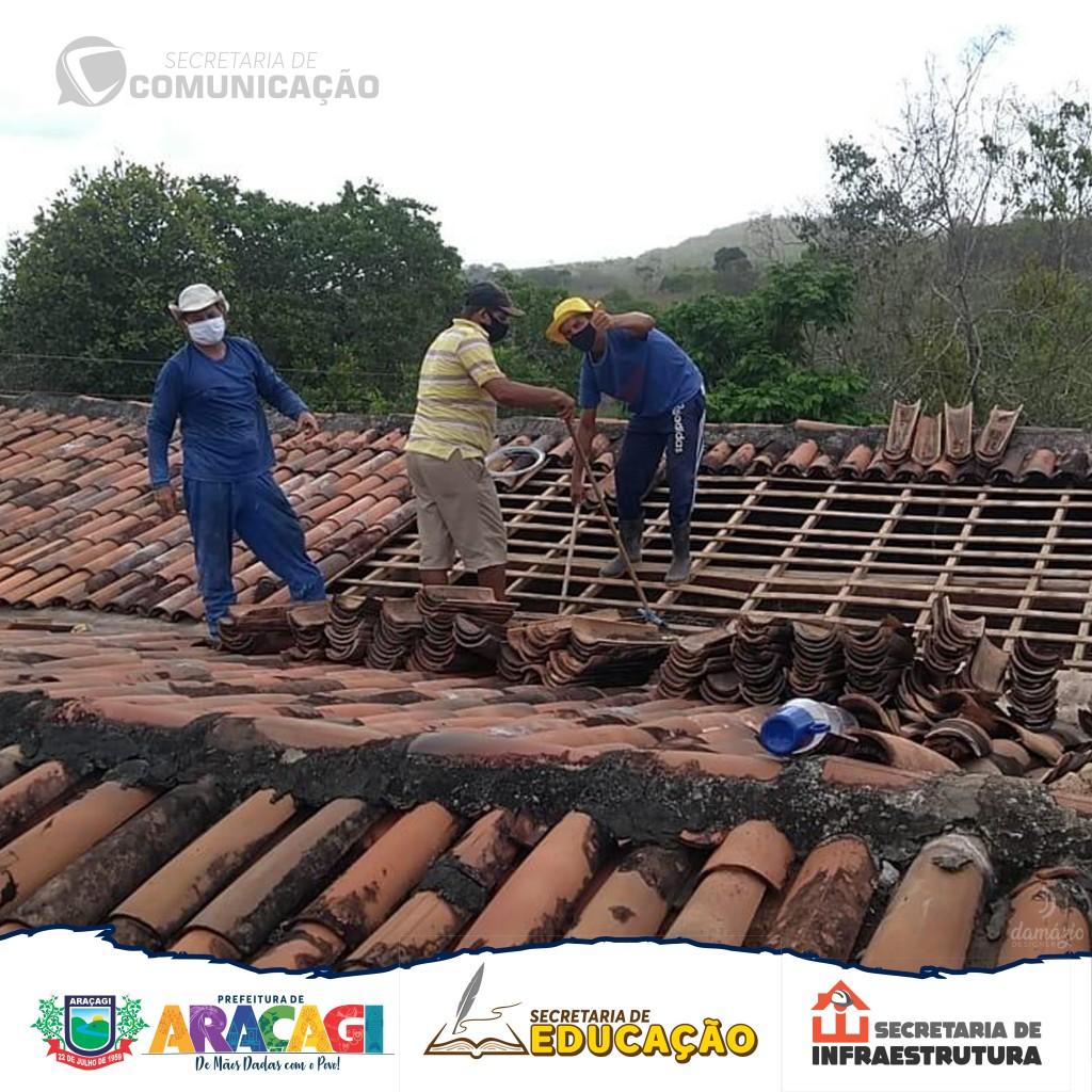 Prefeitura de Araçagi inicia reforma em escolas da zona rural, que estavam sem condições de funcionamento