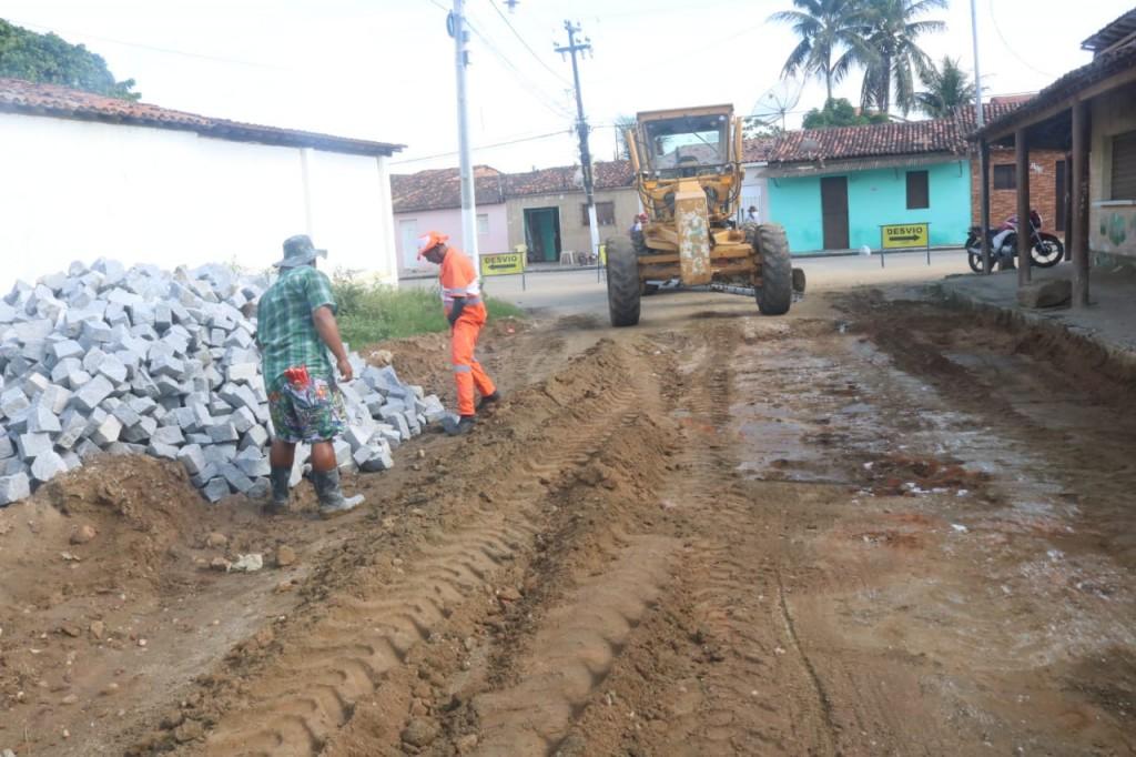 Pavimentação da rua Joana Alexandrina é iniciada